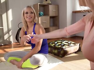 ria sunn and amber jayne are playing with sex toys sensual blonde lesbians